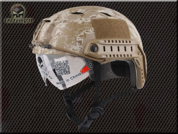 FAST Durable Airsoft Fast Helmet Camouflage Rhombus w Goggle SABJ