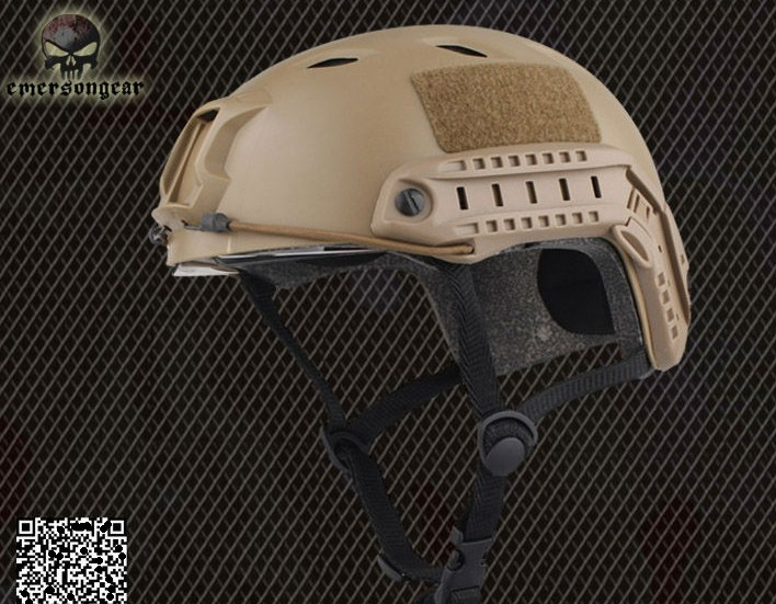 Tactical Emerson FAST Base Jump Helmet Lightweight version DE